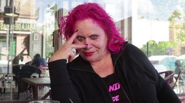 Carmina Barrios se tiñe el pelo de rosa